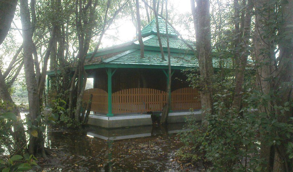 Pulau Seprapat, Destinasi Wisata dengan Sejuta Misterinya