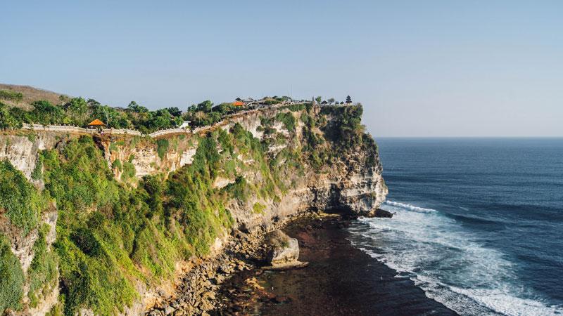 Mau Ke Uluwatu Bali Gunakan Paket Tour Aja